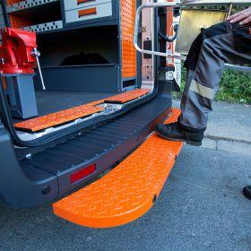 Fiat Ducato Rear Step -2006 Onwards - Hubb Systems Assured Rear Step